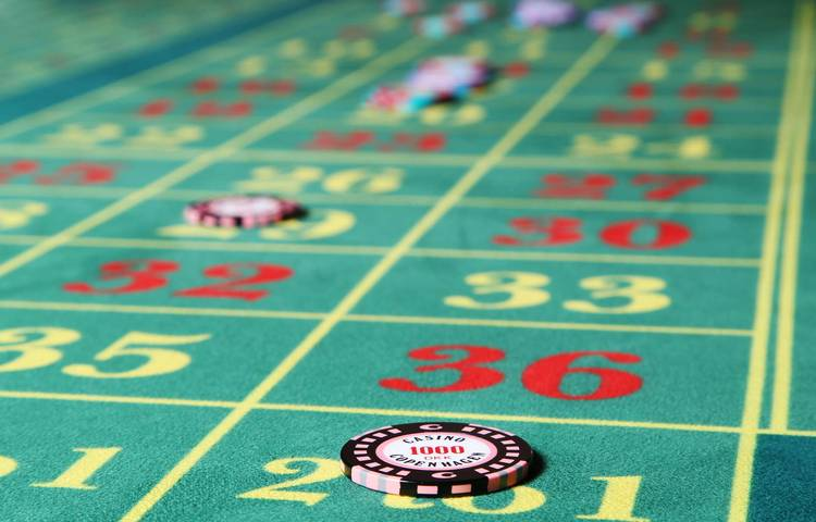 Basic Equipment and Methods When Playing Roulette Online